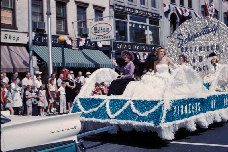 The Parade Float Kit | National Museum of American History