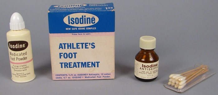 Isodine Athlete's Foot Treatment kit