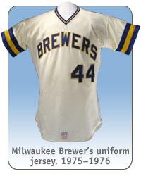 Milwaukee Brewer's uniform jersey, 1975–1976